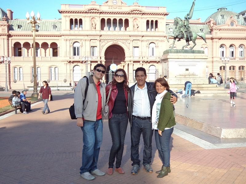 Grupo de viagem: Fred, eu, painho (Carlos) e mainha (Socorro)
