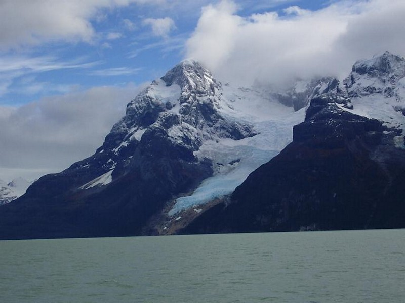 Aproximando-se do Glaciar Balmaceda, Província de Última Esperanza, Patagônia Chilena