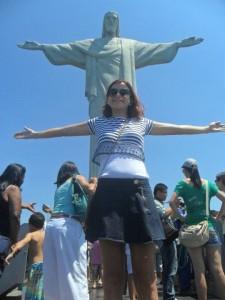 Quem vai ao Rio de Janeiro e não imita o Cristo Rendentor não foi ao Rio, né?