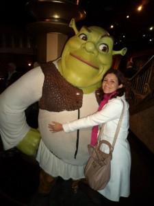 Não podia perder a chance de abraçar o Sherek no Madame Tussaud's em Londres.