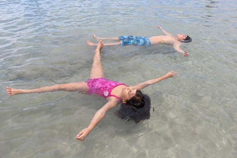 Relaxando nas piscinas naturais