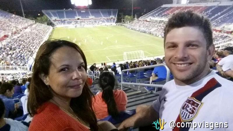Lidiane mudou-se para a Flórida há dois anos quando foi pedida em casamento por Wes