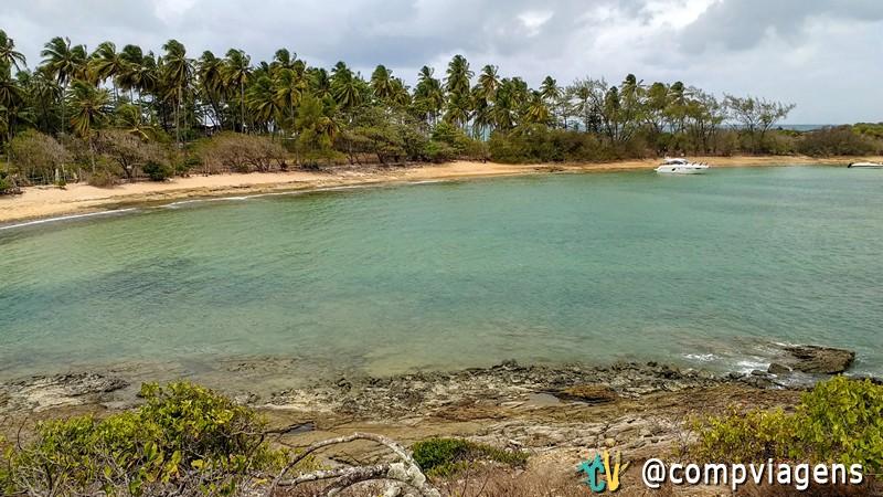 Praia do outro lado da Ilha de Santo Aleixo