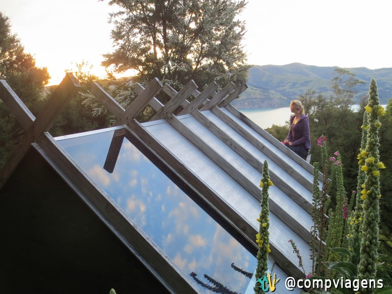 Maravilhosas cabanas com vista para estrelas à noite e para um pôr do sol perfeito, em Omaru Farm Hostel, Akaroa, Nova Zelândia