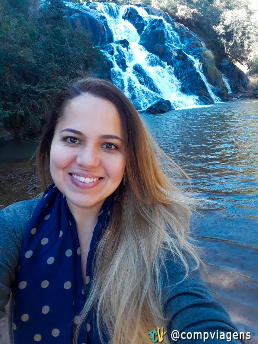 Cláudia Andrade na Cachoeira de Sta Rita