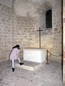 Túmulo de um importantíssimo membro dos Cruzados( motivo de fé e muitas peregrinações)