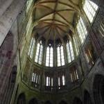 Dentro da abadia do Arcanjo São Miguel