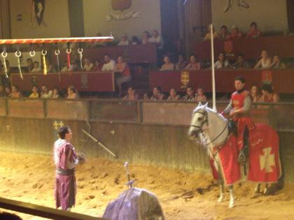 Excalibur: o cavaleiro vermelho (por quem estávamos torcendo) ganhou o duelo