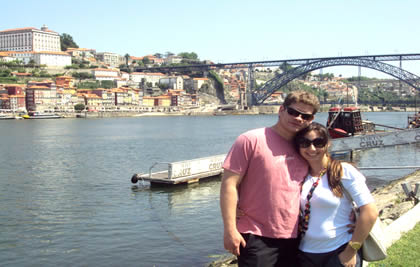 Cleane Castro e Daniel Figueiredo na cidade do Porto
