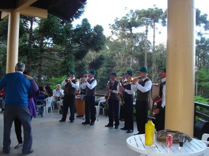 Nova Petrópolis: bandinha alemã na Aldeia do Imigrante