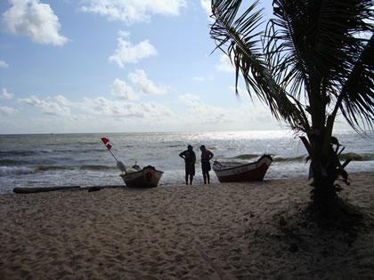 Lado direito da praia de Joanes