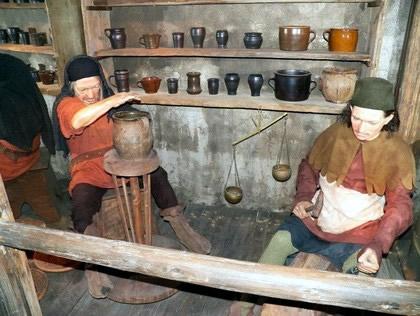 Museu de cera mostra parte da história medieval da cidade