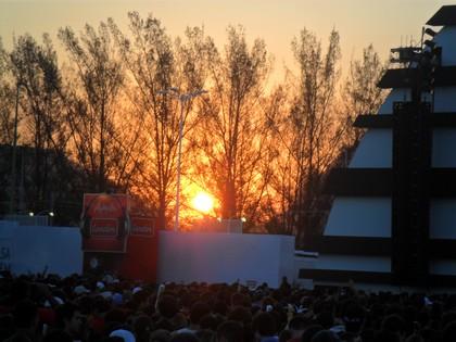 Lindo pôr do sol fazendo jus ao nome do palco
