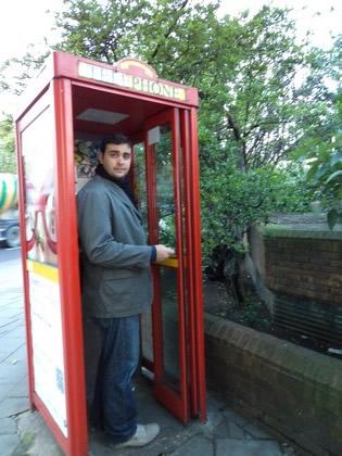 Em Londres até as cabines telefônicas são pontos turísticos