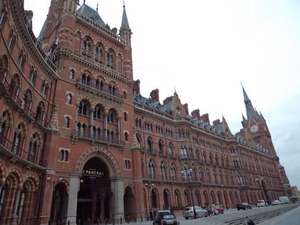 O belo prédio da St Pancras Station
