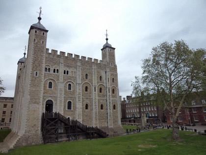White Tower. Em 1097, quando foi terminada era o edifício mais alto de Londres com 30m de altura