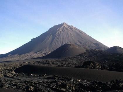 Chã das Caldeiras, aos pés do Vulcão - Ilha do Fogo