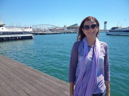 No Port Vell com o Mar Mediterrâneo ao fundo