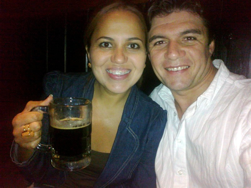 Cláudia Andrade e James Botura no Outback