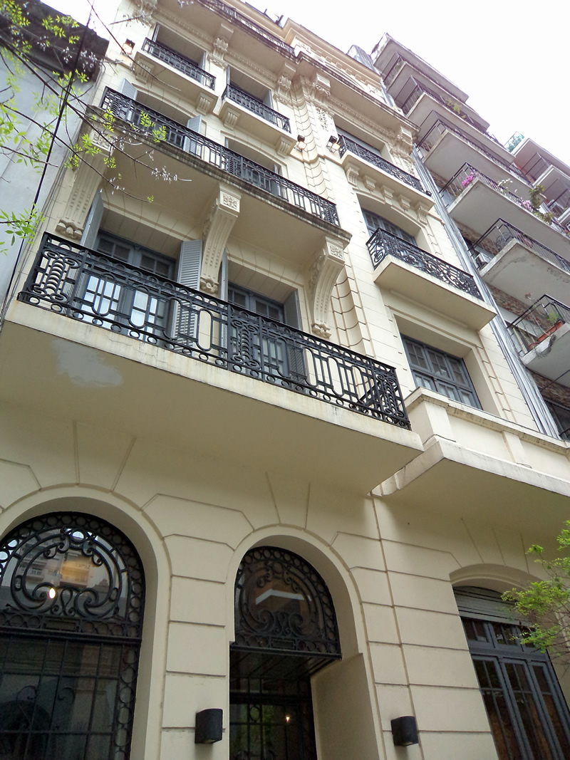 O Art Hotel fica em um belíssimo prédio de 100 anos