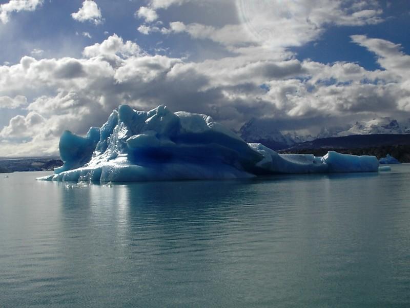 Lago Argentino, Navegando pelo Braço Norte