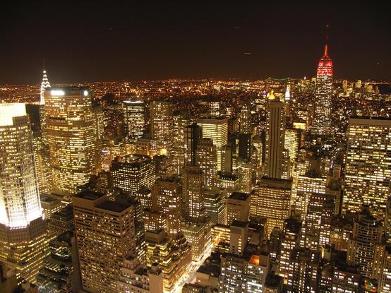 Curtir a noite em Nova York deve ser sensacional