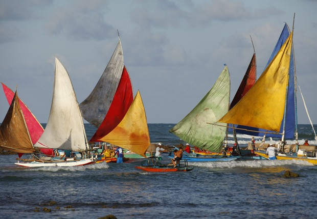 Barcos na praia de Genipabu (Foto: Flor do Caribe/TV Globo)