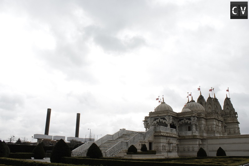 O Baps foi o primeiro templo Hindu tradicional da Europa