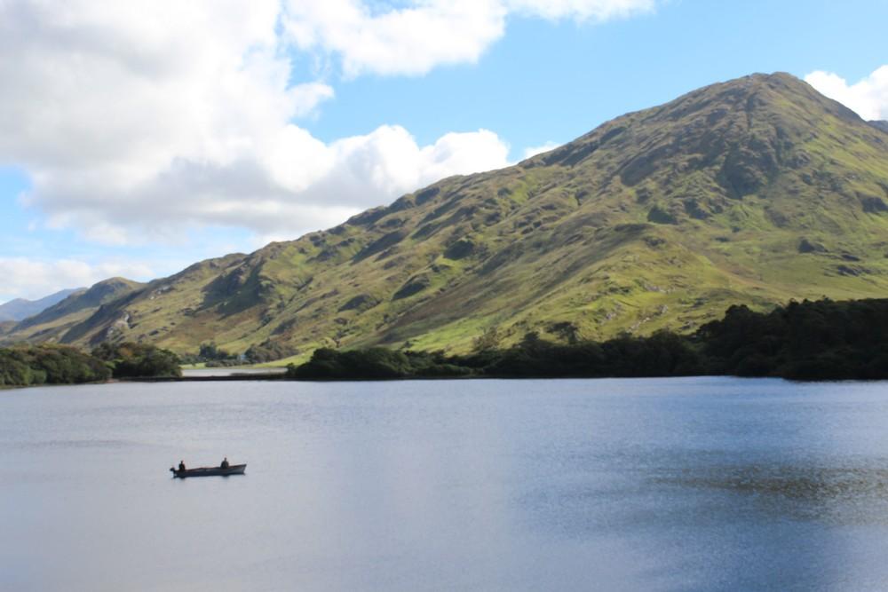 Lago do castelo de Kylemore