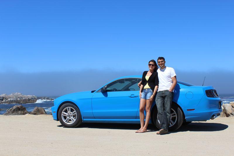 Se amostrando com o Mustang azul cheguei!