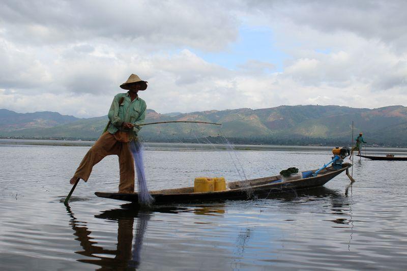 Pescadores dão fama ao Inle Lake