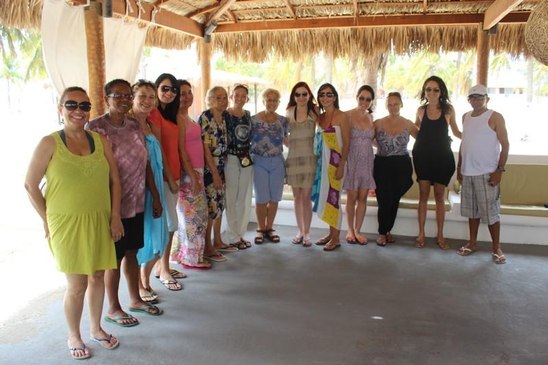 Grupo que viajou a Galinhos na primeira edição do Viagem com Yoga