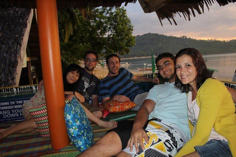Da esquerda para direita: Jin, Jérémie, Blair, Fred e eu no Jambalaya