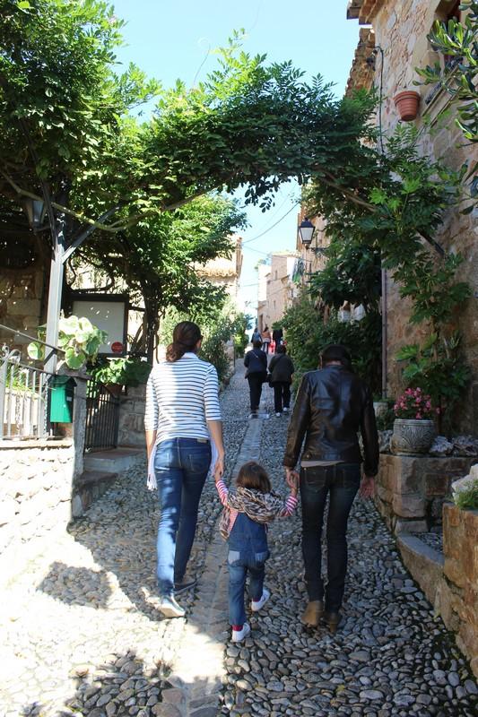 Passeando com minha prima Suzy e sua filha, Laia, que moram em Barcelona