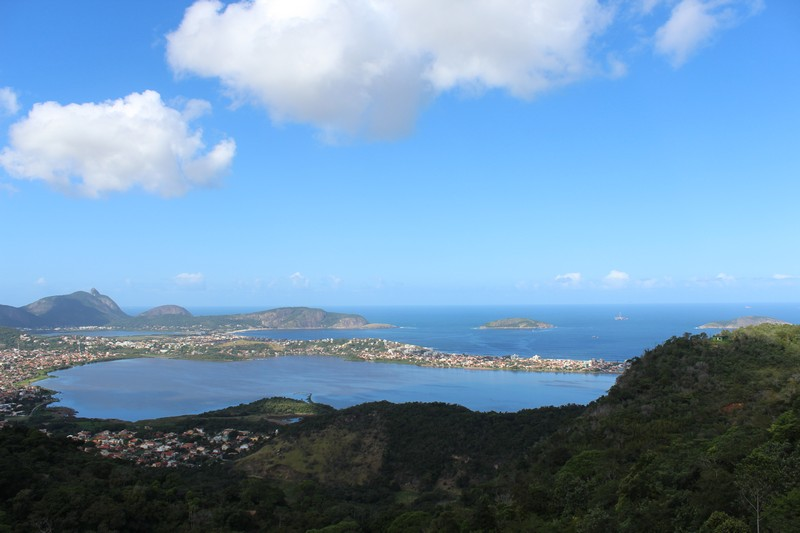 Vista para lagoas e praias de Niterói
