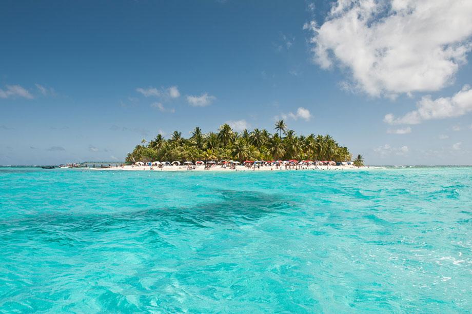 isla-johnny-cay-san-andres-colombia-1-371