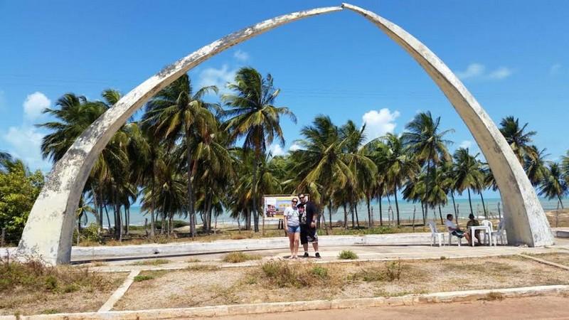 O monumento criado por Oscar Niemeyer está mal conservado