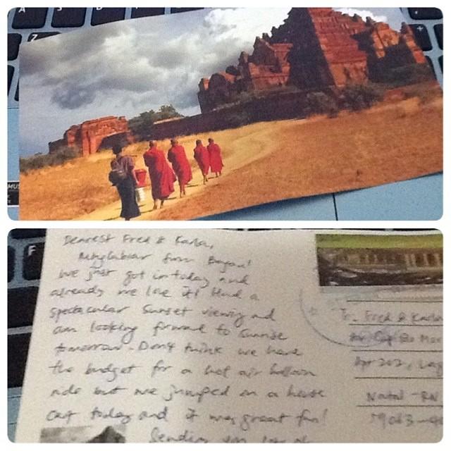 Um dos postais que recebi
