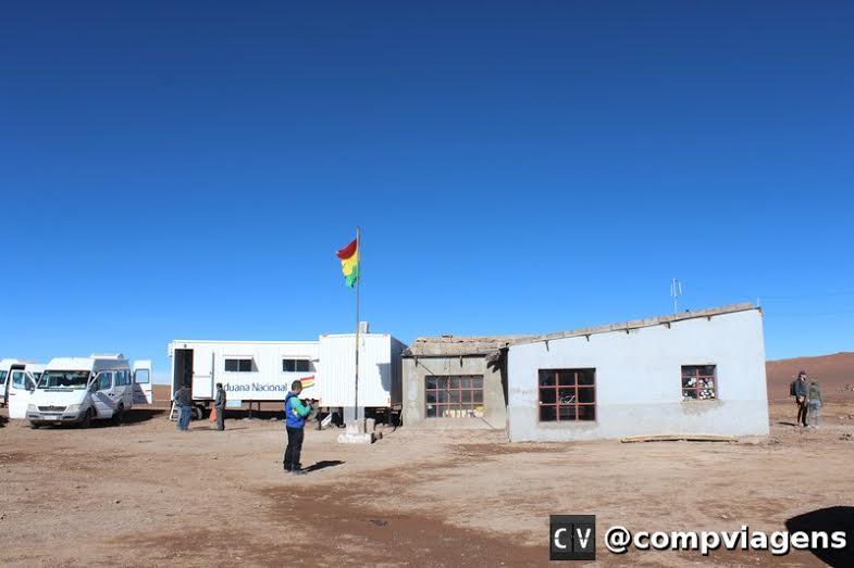 """Imigração da Bolívia na fronteira com o Chile: onde os guardas criam suas próprias """"taxas"""""""