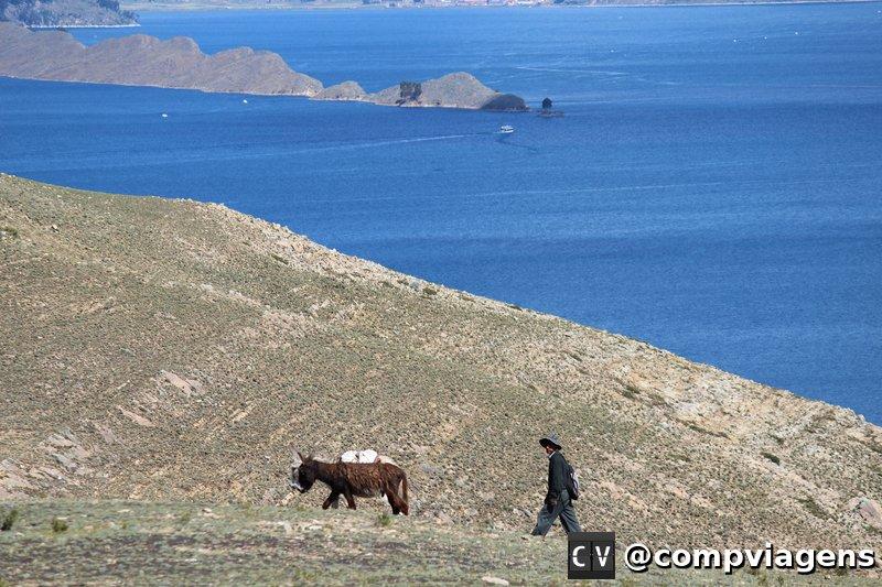 Paisagem ao longo da trilha em Isla del SOl
