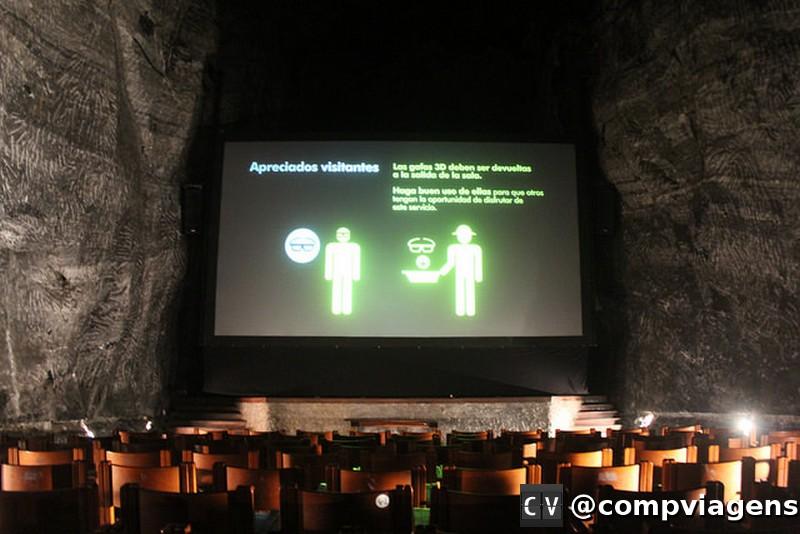 Auditório onde é exibido filme 3D