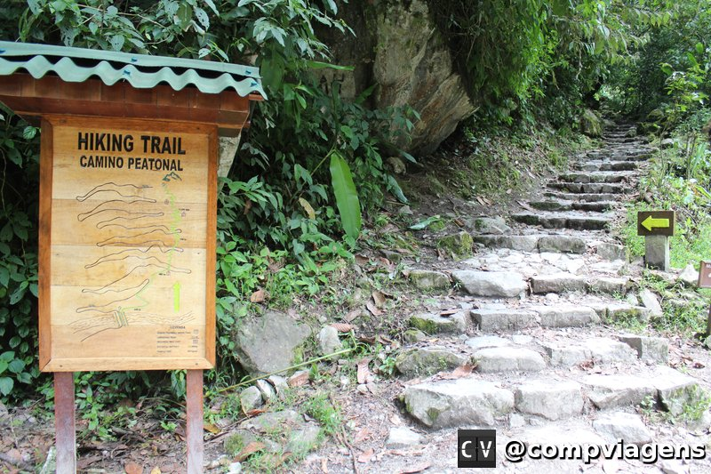 Trilha de Águas Calientes a Machu Picchu