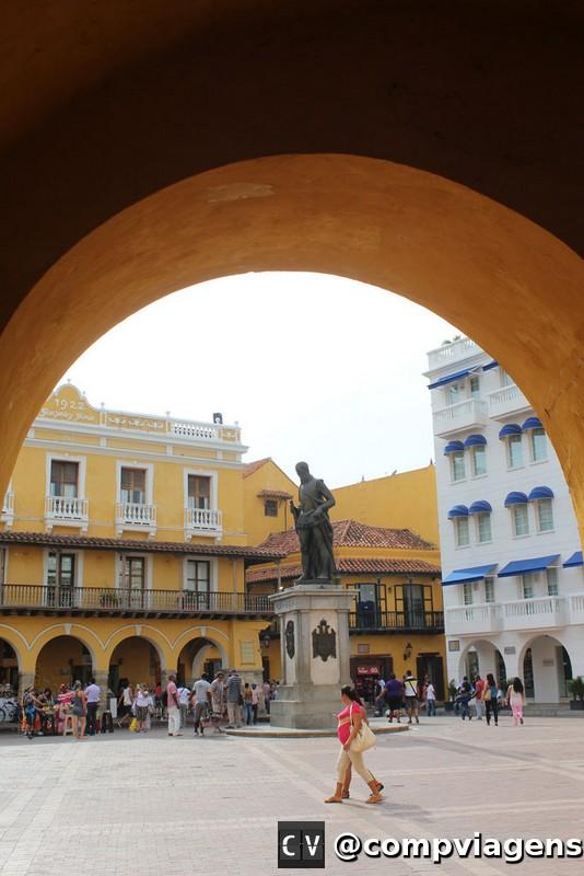 Porta da Torre del Reloj