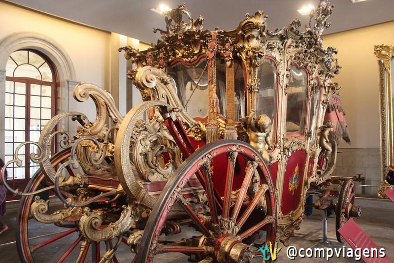 Carruagem em exposição no Castelo de Chapultepec