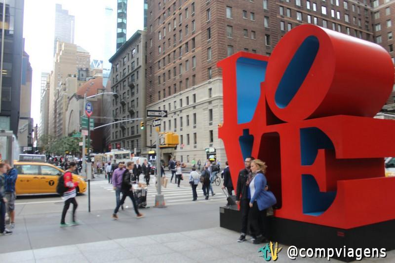 Escultura Love