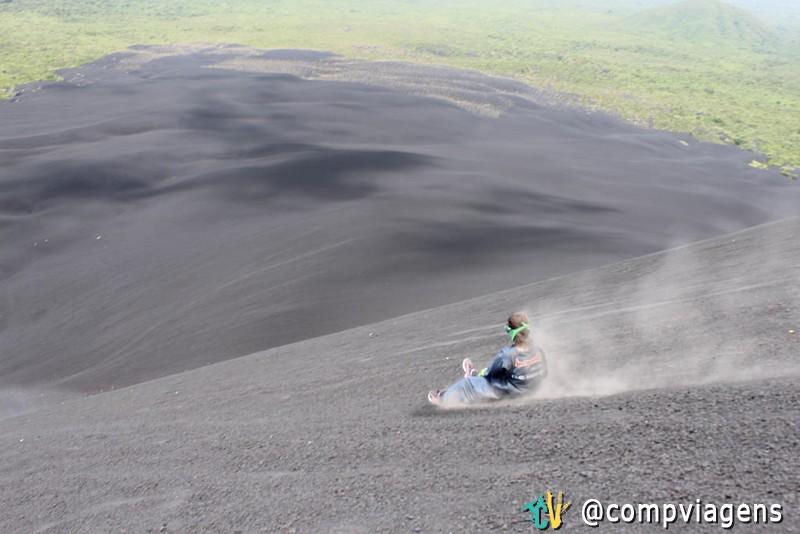 Minha vez de descer o vulcão