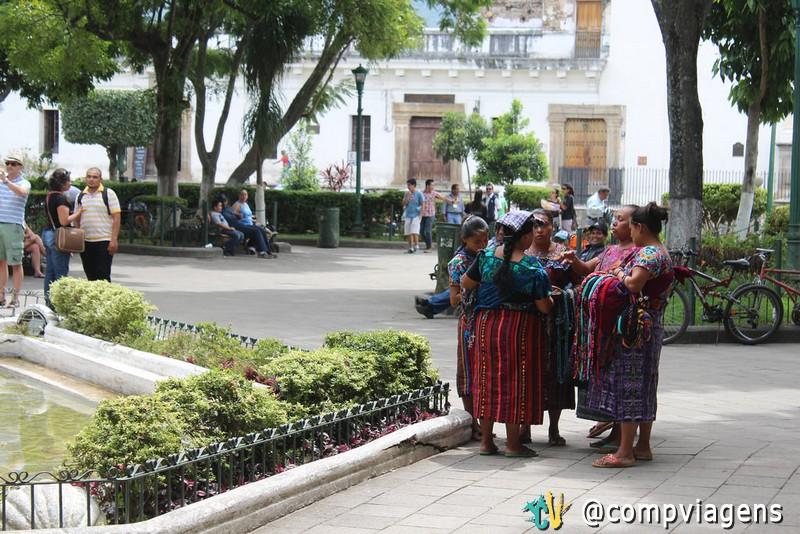 Mulheres indígenas no Parque Central