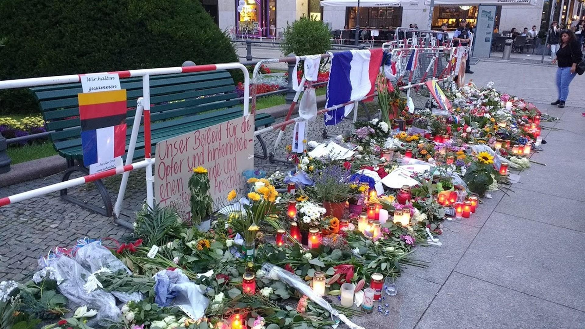 Homenagem em Berlim às vítimas dos atentados de Nice