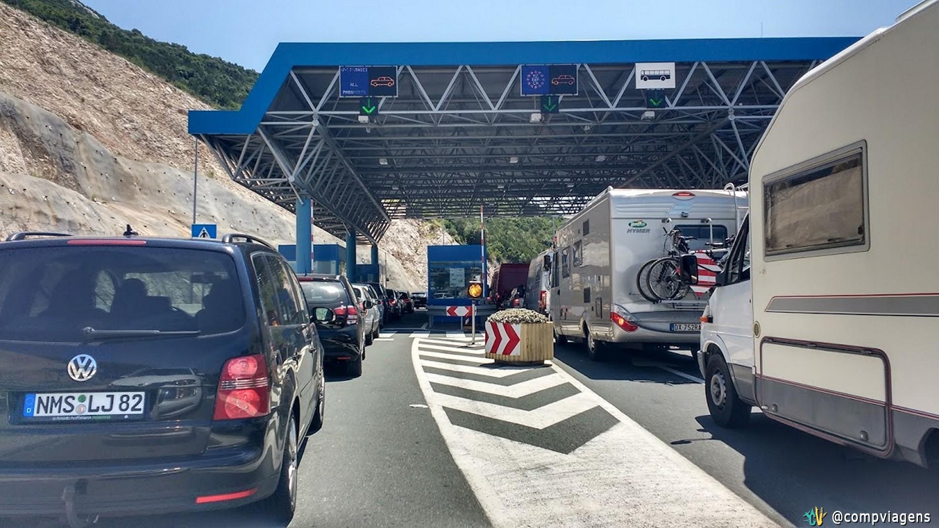 Posto de Imigração para entrar na Bósnia