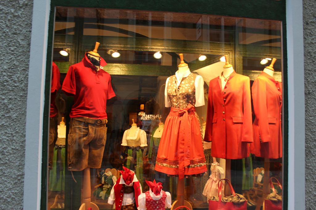 Loja de trajes típicos na Getreidegasse